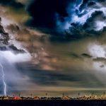 Waspada Cuaca Ekstrem di 21 Wilayah Ini Peringatan Dini BMKG Sabtu 6 Februari 2021